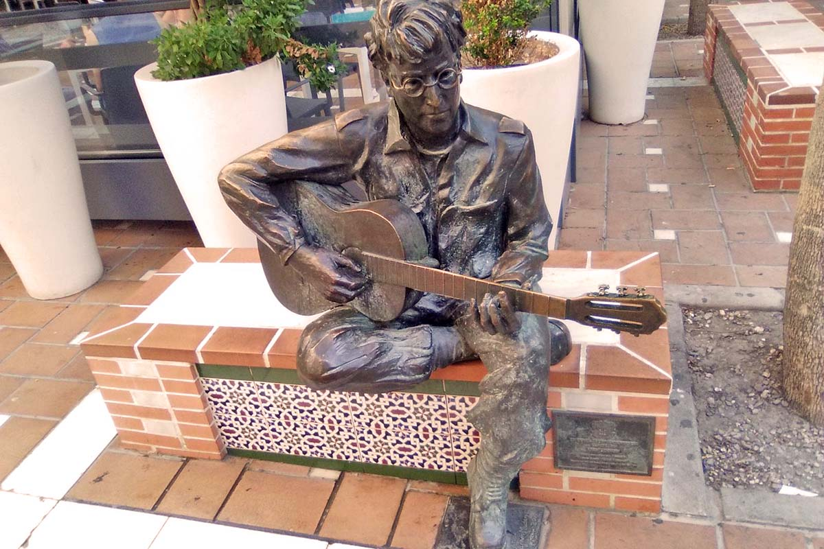 John Lennon en Almería